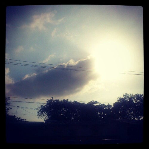 #Sun #Sol #Brilla #Shine #Hot #Calor  (Tomada con instagram)