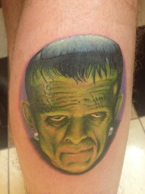 fuckyeahtattoos:  my frankenstein the start of my old school movie leg sleeve done by ben stanton of club tattoo las vegas an amazing person and tattoo artist