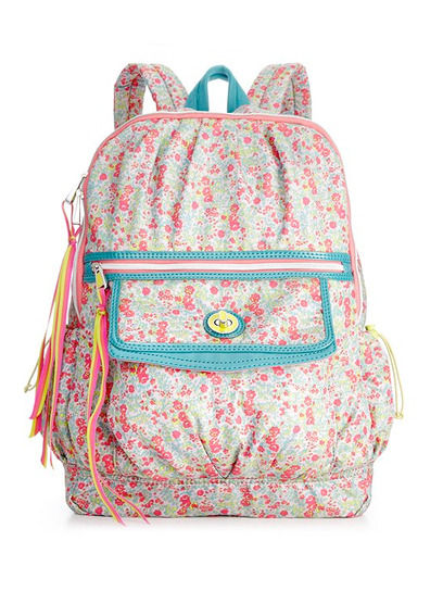 teenvogue:  Check out our adorable line of pretty patterned handbags, backpacks, and cosmetic pouches, available exclusively at Macy's. Take a peek at the collection here »