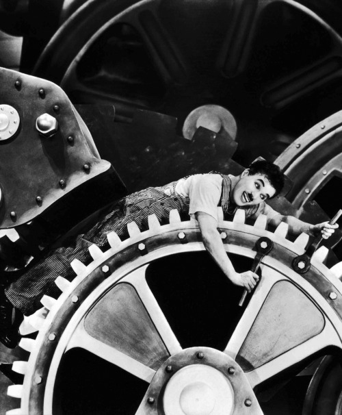 The Most Iconic Images in the Film History:  Modern Times, by Charles Chaplin (1936)