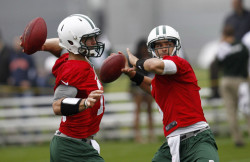 2minutedrill:  See the differences in the throwing motions of Mark Sanchez and Tim Tebow.