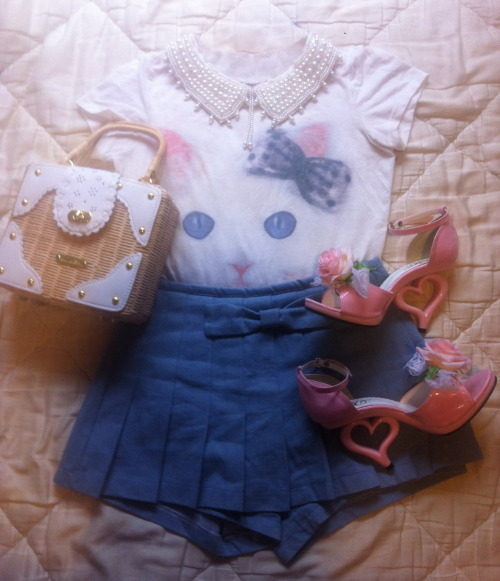 lolitastuff:  pinksugarrr:  Selling this skirt here  WAIT NO, WHERE DID THOSE SHOES COME FROM.  I think those specifically are DreamV, which is a Japanese gyaru brand (thanks anon!). Jesus Diamante popularized them, and there's plenty of variations on the style of shoe, with the heel staying the same and/or really similar:  ^Those are Yumetenbo      And I'm pretty sure all of those are DreamV variations.