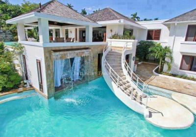 This is my big dream house.                  so that we can live with my family always:)                                                                     I hope you like it:)