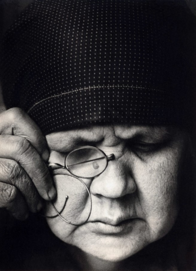 cavetocanvas:  Alexander Rodchenko, Portrait of Mother, 1924