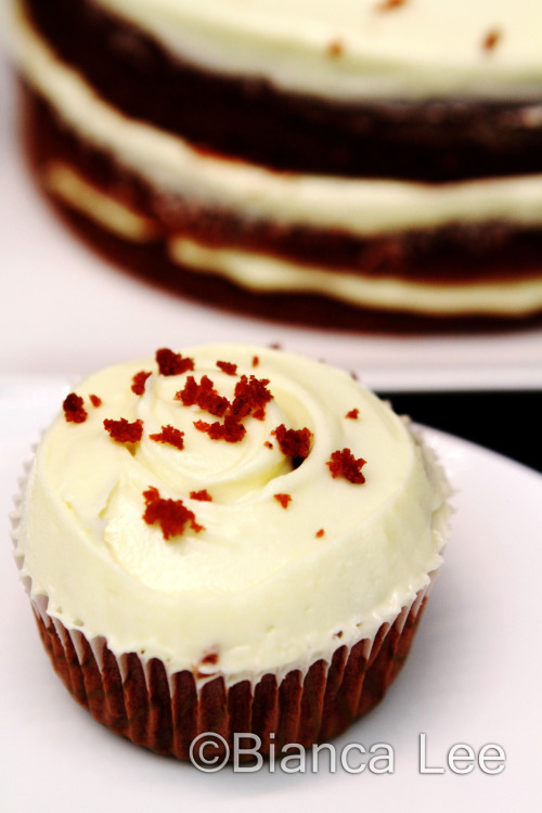 fuckyeahnumnums:  red velvet cupcake recipe
