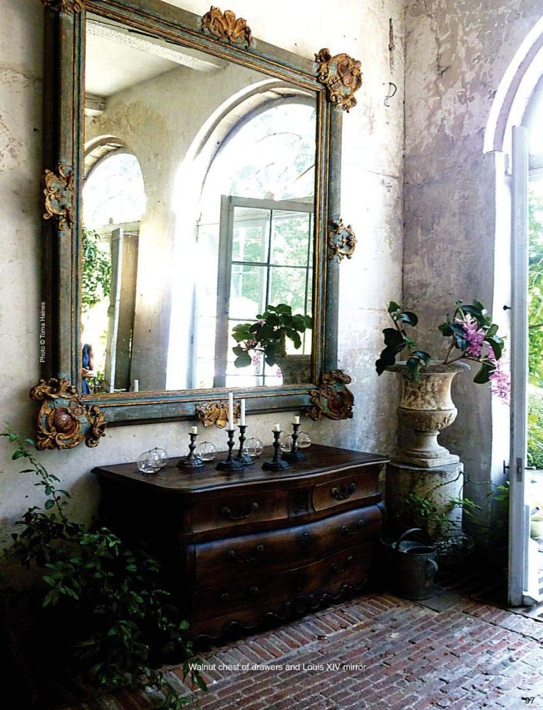 Entrance with Louis XIV mirror Kasteel-Gravenwezel, Antwerp 'Antique shops & designers magazine'