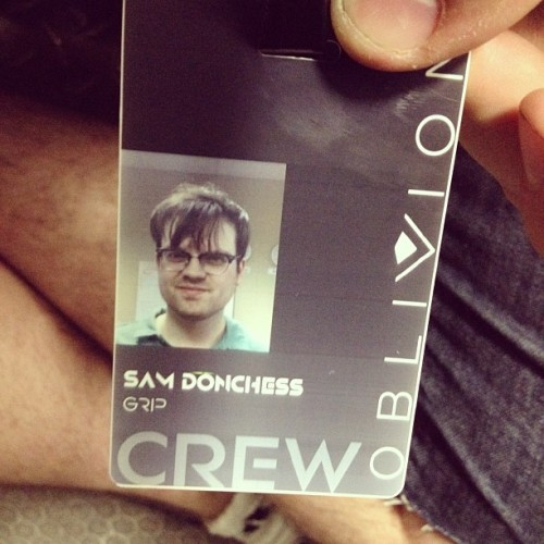 dropacid-seepolarbears:  I definitely take the worst ID photos. (Taken with instagram)  Better than my crack-addict style college ID from my freshman year.