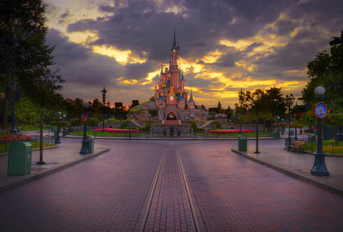 After Hours At Disneyland Paris by WJMcIntosh on Flickr.