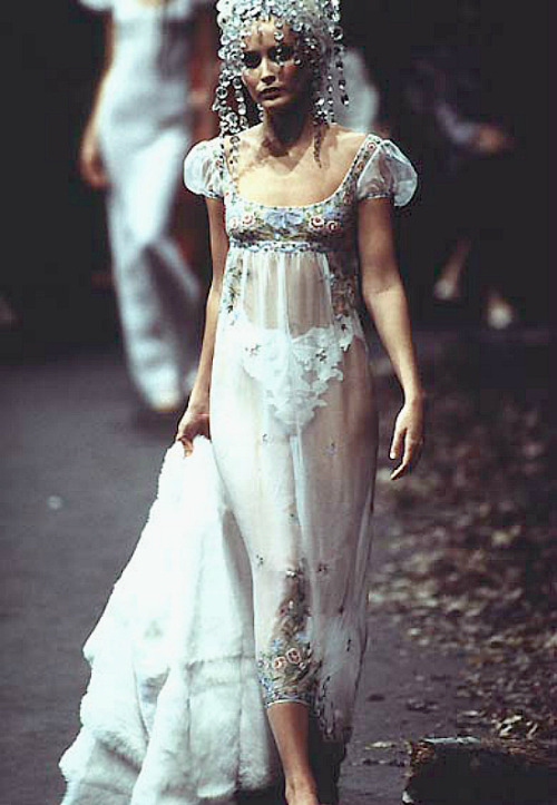 Givenchy haute couture f/w 1996 by John Galliano