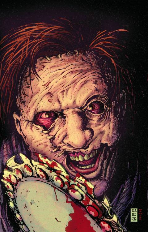 slasherfilmsanctuary: Texas Chainsaw Massacre Vol. 2 Written by Will Pfeifer, Bruce Jones and Dan Abnett & Andy Lanning Art by Stefano Raffaele, Chris Gugliotti, Joel Gomez, Wes Craig Cover by Darick Robertson