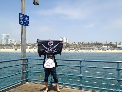 [Occupied]  Santa Monica, CA  Cap'n @Shindogy. #pirate  Make your own Flag, visit  http://thepirateflag.tumblr.com