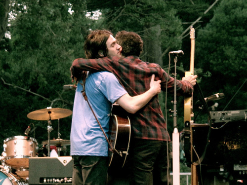 conor and m.ward hugsss on Flickr. me in the middle pleaseeeee