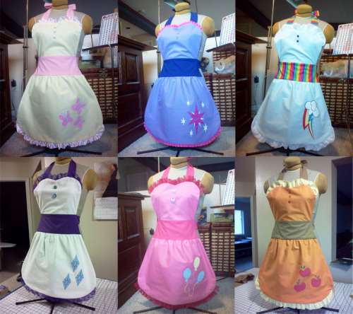 lotusmist:  My Little Pony- Aprons by ~PhantomClark on sale at fanime!