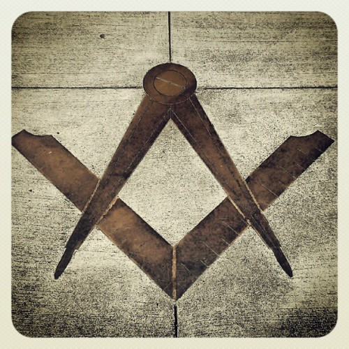 jalynncleaver:  Petaluma, Ca #freemason lodge (Taken with instagram)