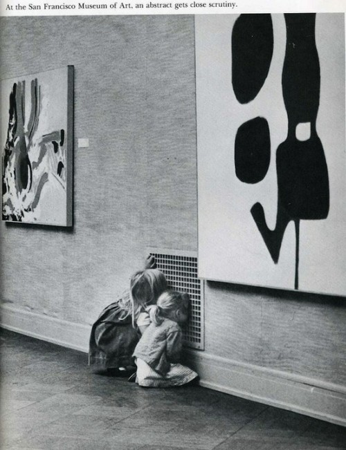 "sfmoma:  ""At the San Francisco Museum of Art, an abstract gets close scrutiny."" <3 this."