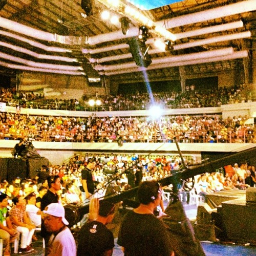 dramaqueenmanila:  The #xfactorphilippines #audience in #davao ! Thanks for the support! #xfactor #june23 #charice #voice #sing #abscbn #apple #iphone #iphone4s #instagram #revlon #emandeleon (Taken with instagram)
