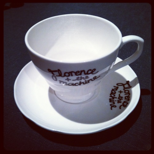 harlotscarlet-queenofconeyisland:  Florence + the Machine Tea Cup  Yes, yes I just bought this.