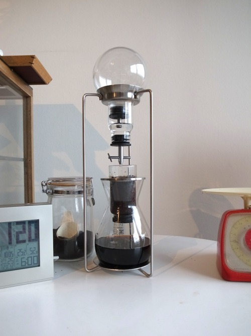 mejirushi:  Water drip coffee thing I am into recently at home.