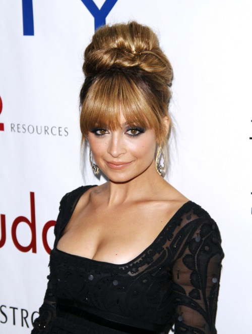 Nicole Richie's hairstylist reveals how he created her elegant updo and shares his top product picks. Get the beauty scoop here »