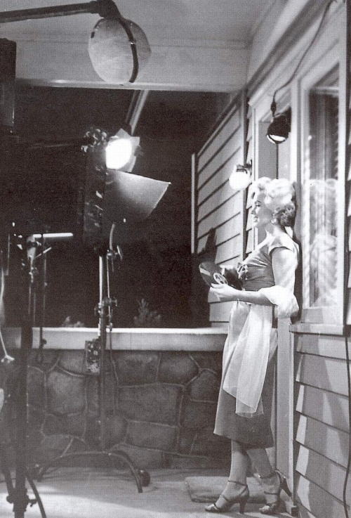 Marilyn Monroe on the set of Niagara, 1952.