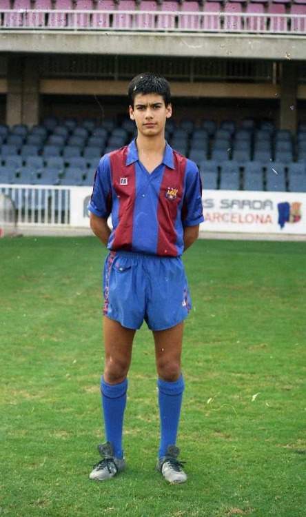 footballarchive:  Pep Guardiola joined Barça as a 13-year-old. This photo was taken on October 6, 1988, a couple of months shy of his 18th birthday.Source: FC Barcelona