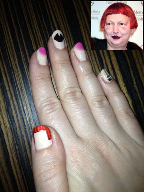 Minimalist Lynn Yaeger Nails I heart Lynn Yaeger! She has this incredible way of effortlessly looking totally original and glamorous. How does she do it?! These nails are my humble tribute to a true icon.