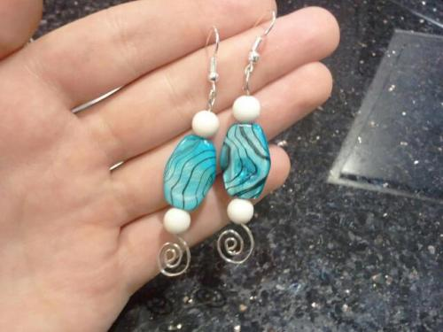 Wire wrapped earrings. Yay spirals!