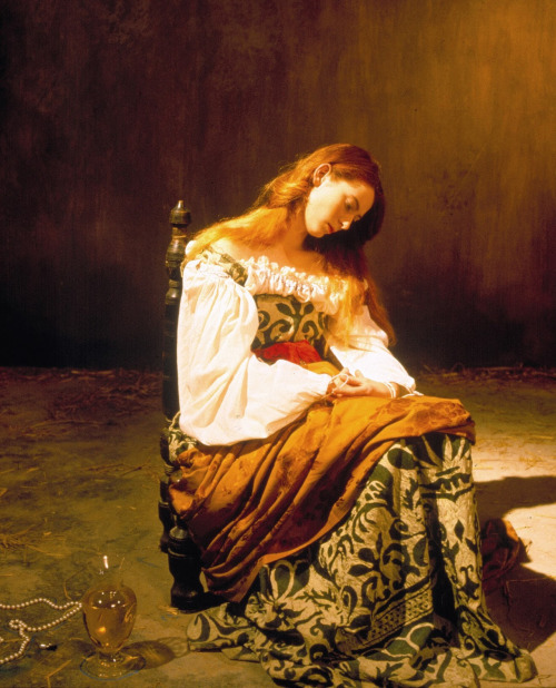 for-redheads:  Tilda Swinton in Derek Jarman's Caravaggio (1986)