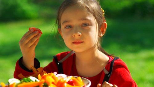 Is it safe for kids to be vegan?Parents should keep an eye on a child's vitamin B12 intake, a vitamin often only found in animal-derived sources like eggs and beef.