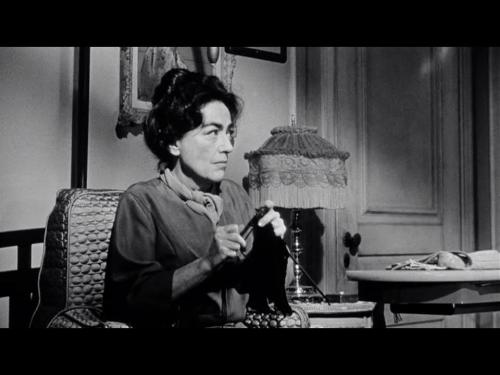Craftsploitation! Knitting in Whatever Happened to Baby Jane? (Thanks to Shove Mink, who wouldn't be able to do these awful things to me if I wasn't still in this chair.)