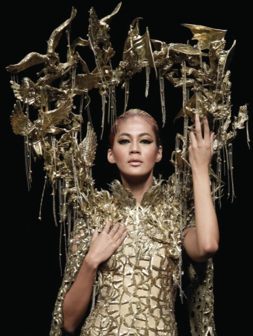 monsieur-j:  Tex Saverio - Jakarta Fashion Week 2012 - The Revelation Collection