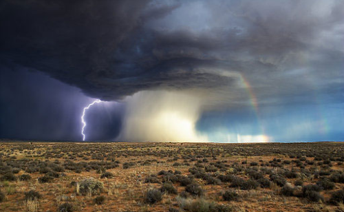 queenofzan:  propaedeuticist:  Meteorological Triptych - the only 2 photos (to date) of a tornado, rainbow and lightning bolt together.  weather you are drunk