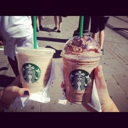 365 Days of Food - Day 146 #food #drink #starbucks #frappuccinohappyhour #caramelcoffee #mochacookiecrumble #halfprice (Taken with instagram)