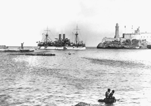 The Maine entering Havana harbor, January 1898.