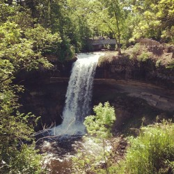 #minnesota #minnehaha #waterfall #nature #water (Taken with instagram)