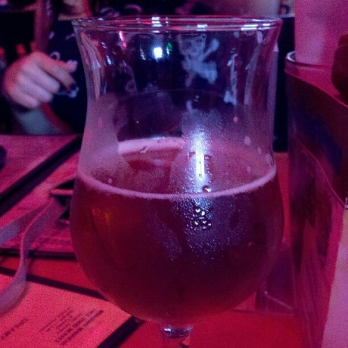 puttinonthefoil:  147/366 trying new beers!! @ sunset bar & grill! #pictureaday (Taken with instagram)