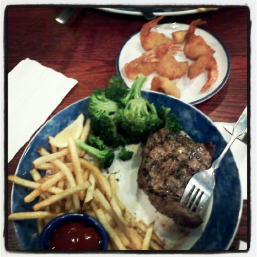 Red lobster with my love!(: @haayitsjae (: (Taken with instagram)