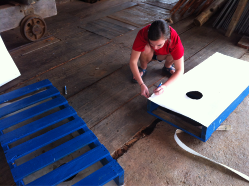 finishing the palette board cornhole game!