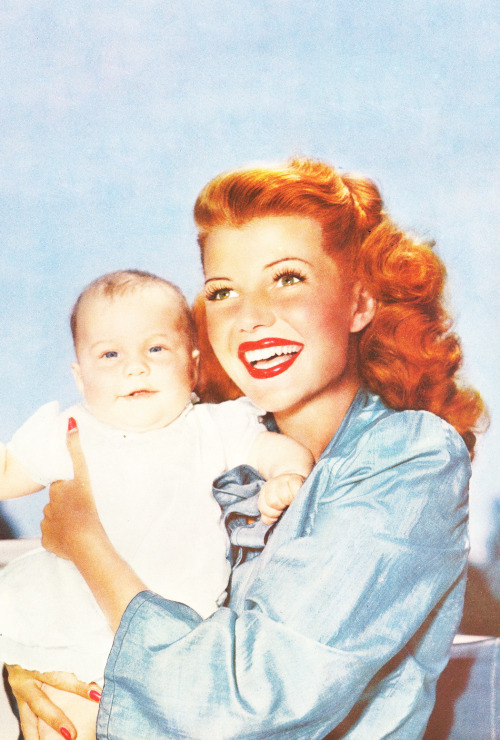 signorelligirl:  Rita Hayworth and daughter Rebecca Welles