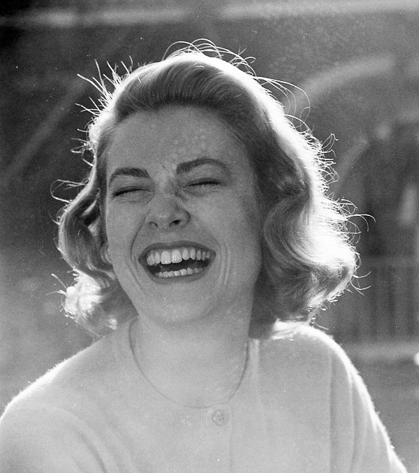 vintagesonia:  Grace Kelly, 1954. Photographed by Loomis Dean
