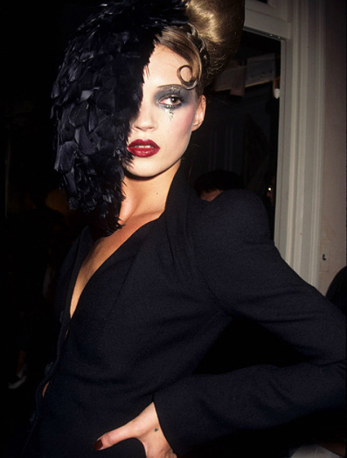 hautekills:  Kate Moss at John Galliano f/w 1995