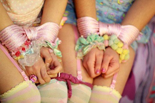 lovetopleasedaddy:  Pretty ropes for baby girl.