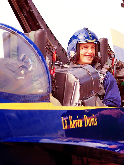 James Franco got his private pilot's license when he was preparing for his role in Flyboys in 2006