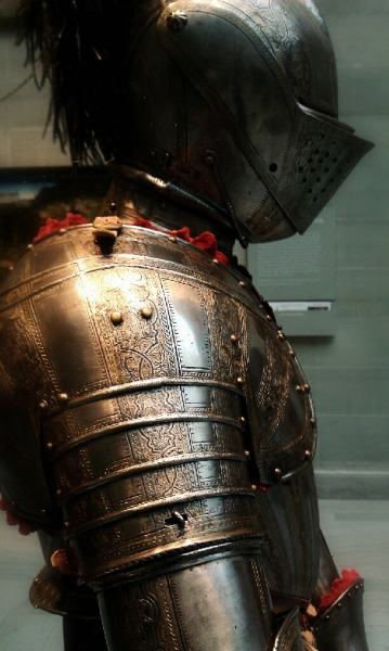 dukedarkhart:  littlerbendel: Knight: Side View Taken at the Cleveland Museum of Art