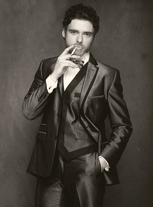 Game of Thrones' Richard Madden. Hawt.