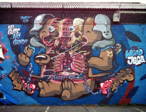 (via FLYING FORTRESS / NYCHOS | Revok1)