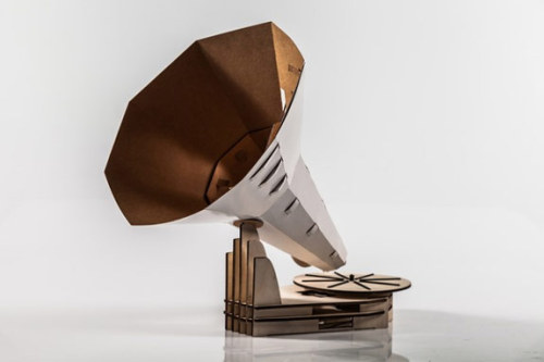 (via A Flat Pack Paper and Wood Gramophone | NordicDesign)