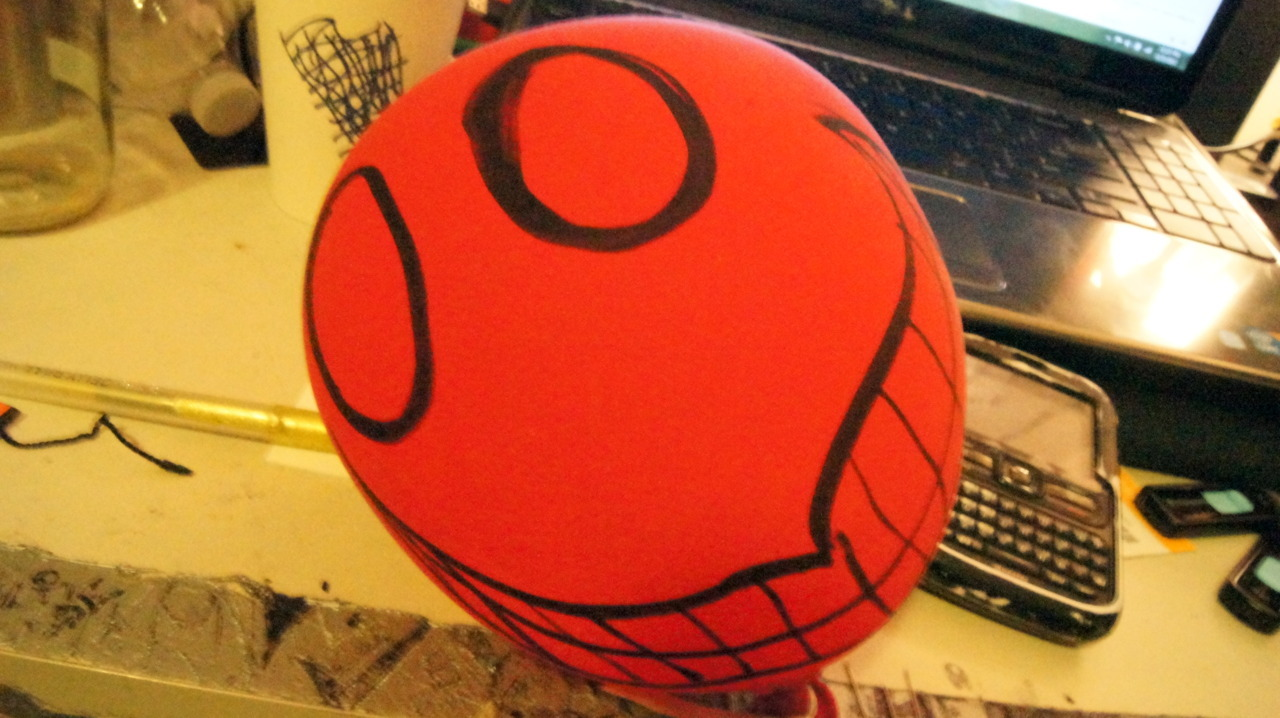 This balloon just gets creepier the more it deflates.