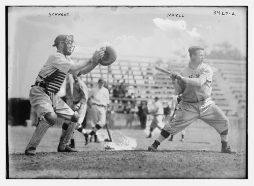 [Pi Schwert, catcher and Fritz Maisel, hitter, New York AL (baseball)] (LOC) (by The Library of Congress)