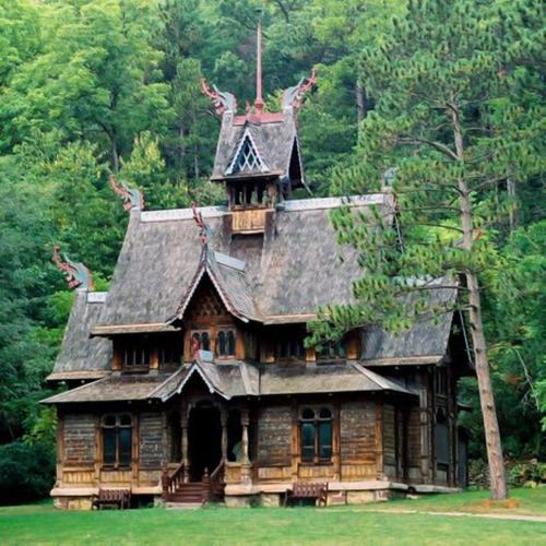 fuckyeahvikingsandcelts:  Stave church
